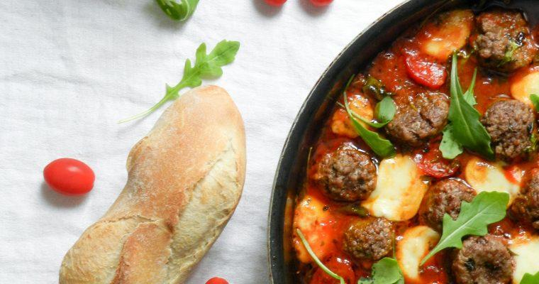 Boulettes de bœuf, sauce tomate et mozzarella