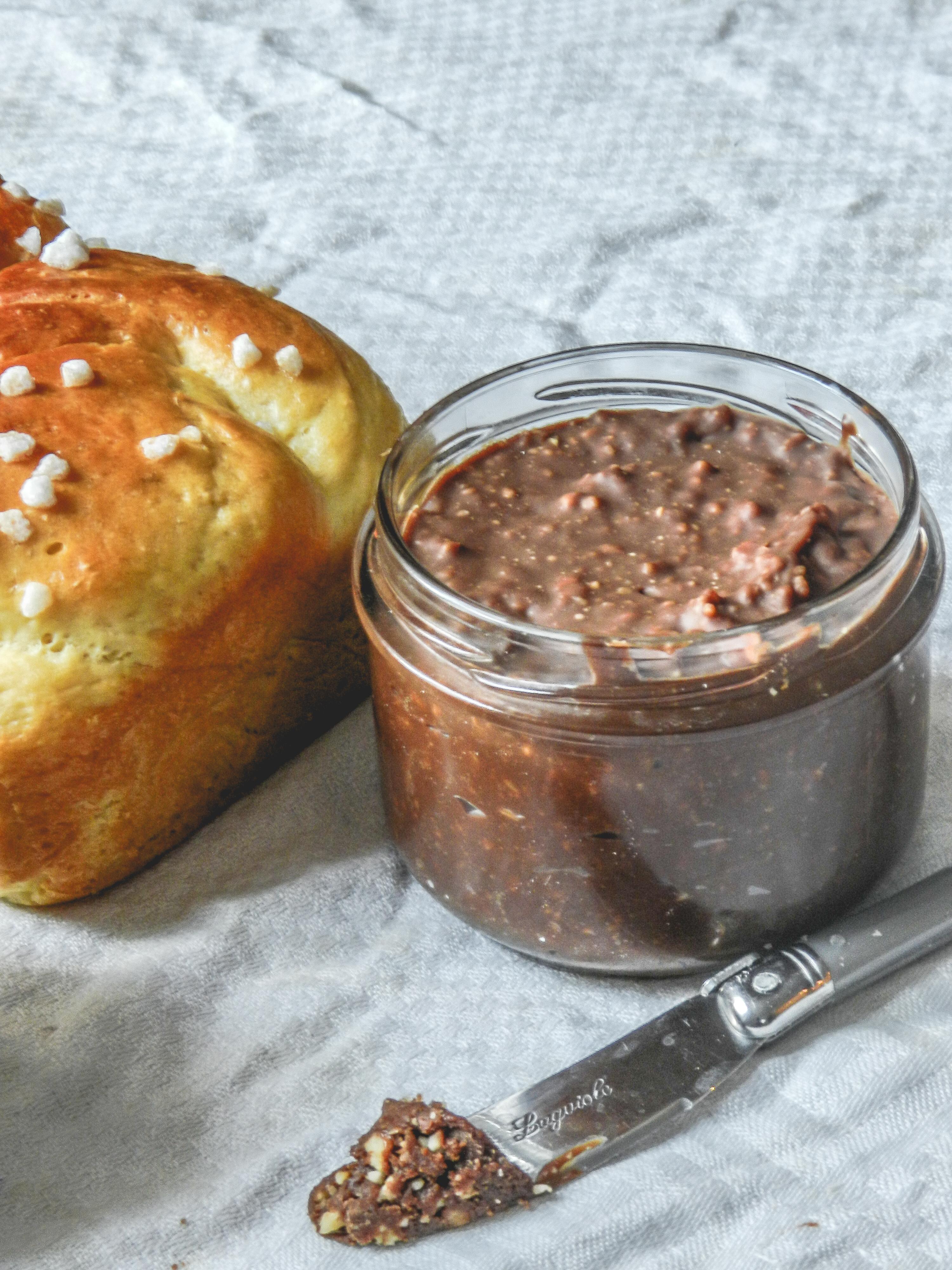 La pâte à tartiner maison facile en 2 versions